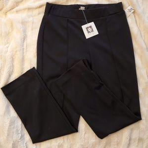 Pants - NWT Ann Klein skinny pants